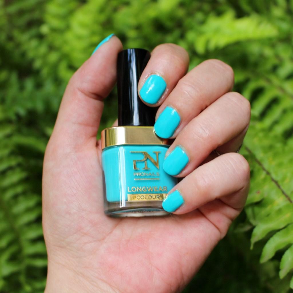 Toutes les couleurs de l'été au bout des ongles avec ProNails !