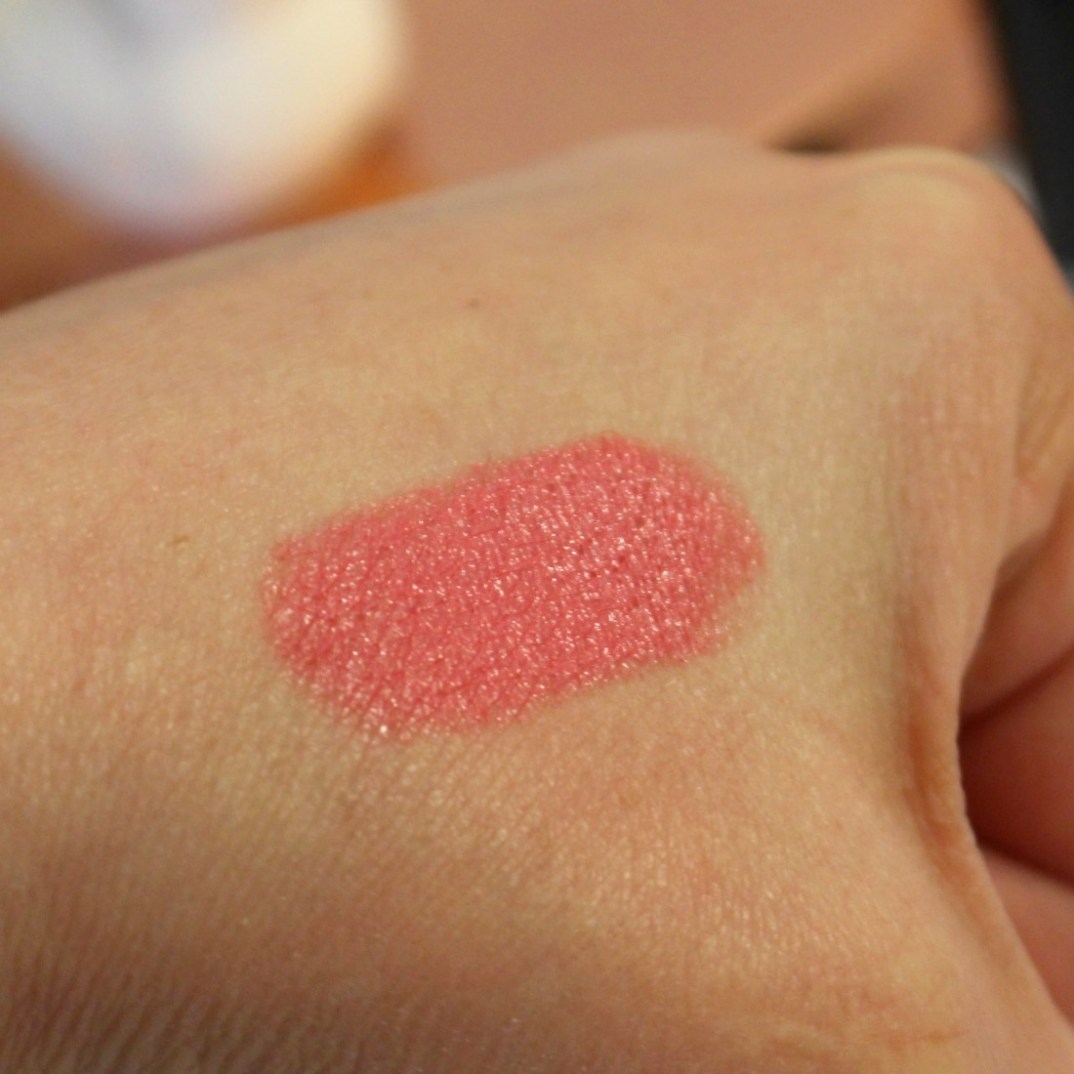 rouge à lèvres corail
