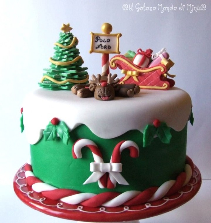 Molded To Melt Crafted To Eat 25 Christmas Cake Design