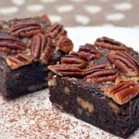 Brownies cu nuci pecan
