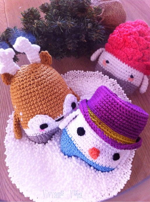 Amigurumi cerf au crochet-Bonhomme de neige au crochet-Pomme de pin au crochet-Tutoriels Lalylala-Vivyane Veka