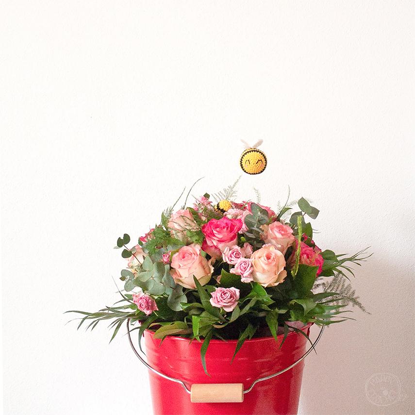 Bouquet de Roses et abeilles amigurumi Crochet