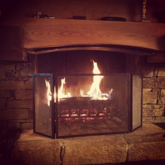 instagram cheminée feu ski chalet