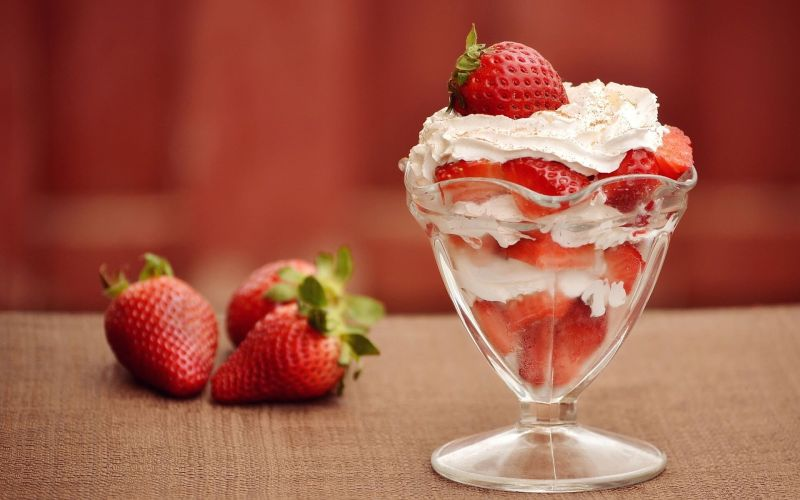 National Strawberry Sundae Day