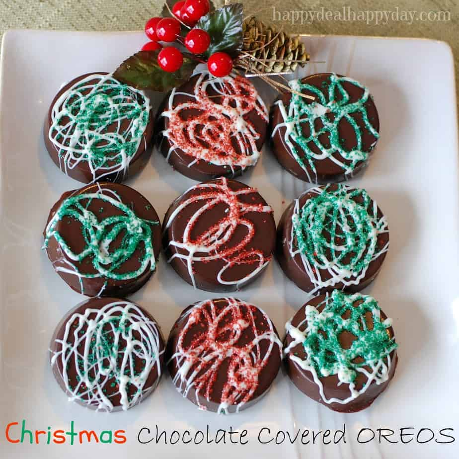Chocolate Covered Oreos - Christmas Version! Here is a great step-by-step tutorial to make these beautiful and rich cookies! They look much more difficult to make than they are - very easy to do and make a great gift!!!!