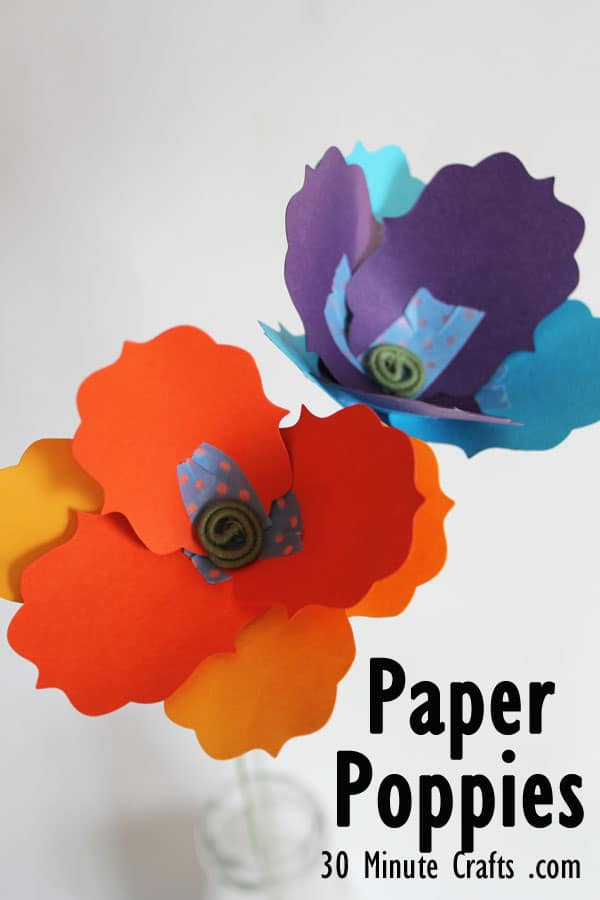 Spring Craft DIY Decor Ideas - paper poppies