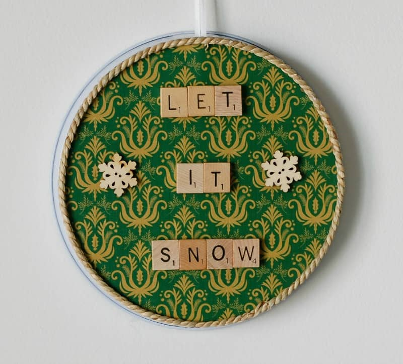 Unique Christmas Decorations: Scrabble Tile Christmas Magnet Boards