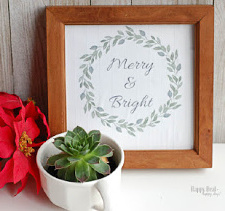 Free Printable Christmas Wall Art – 10+ Options!