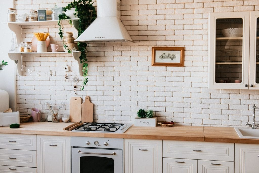 interior design tips - white brick