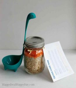 Easy Homemade Gift Ideas - lentil soup in a jar