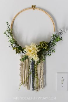 How to Make a Bojo Floral Hoop Wreath With Yarn Tutorial