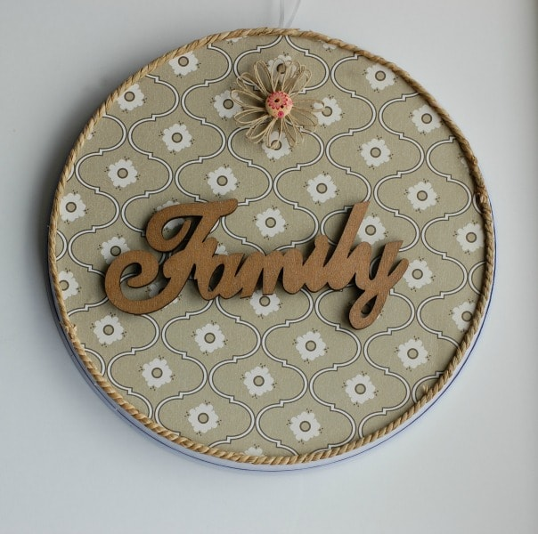 DIY Christmas Gift wood word magnet board