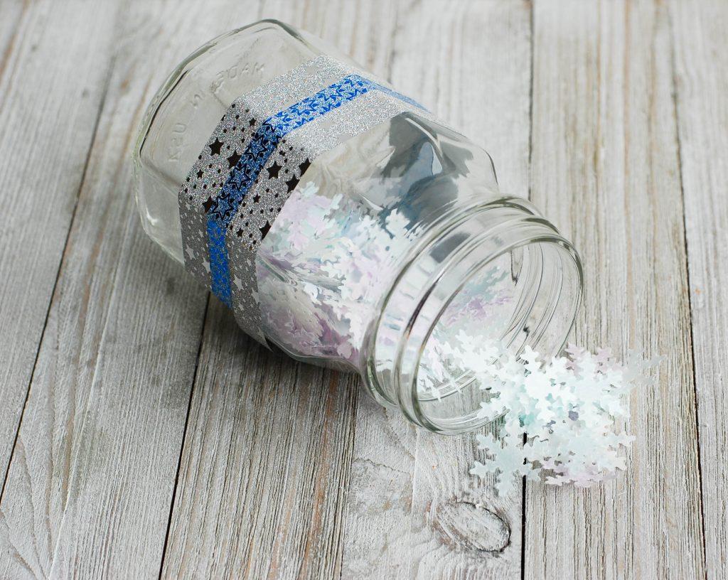 DIY Christmas Gift Idea Snowflake Bath Confetti