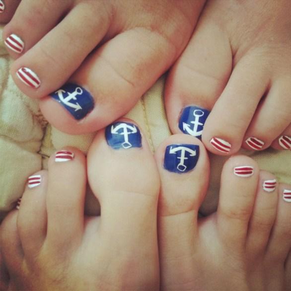 4th of July toe nail designs
