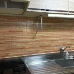 セリアのキッチン汚れ防止シートのDIY!築20年の賃貸キッチンをリメイク