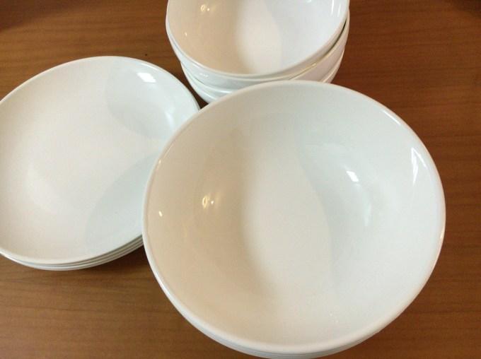 ニトリプラスチック食器