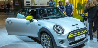 BMW's Iconic Mini Cars to Go All-Electric From 2030