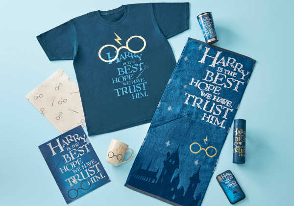 """ウィザーディング・ワールド・オブ・ハリー・ポッターTMにて新グッズ・コレクション""""Harry's Glasses(ハリーズグラッシーズ)""""を本格販売!"""