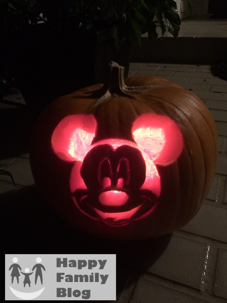 Mickey Mouse Pumpkin, Mickey Mouse Pumpkin Stencil, Mickey Mouse Pumpkin carving, Mickey Pumpkin