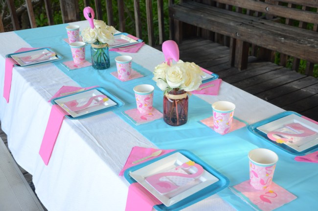 Happy Family Blog - Flamingo Party