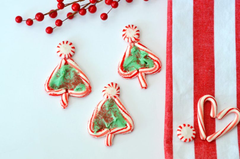candy cane christmas trees by happy family blog - Candy Cane Christmas