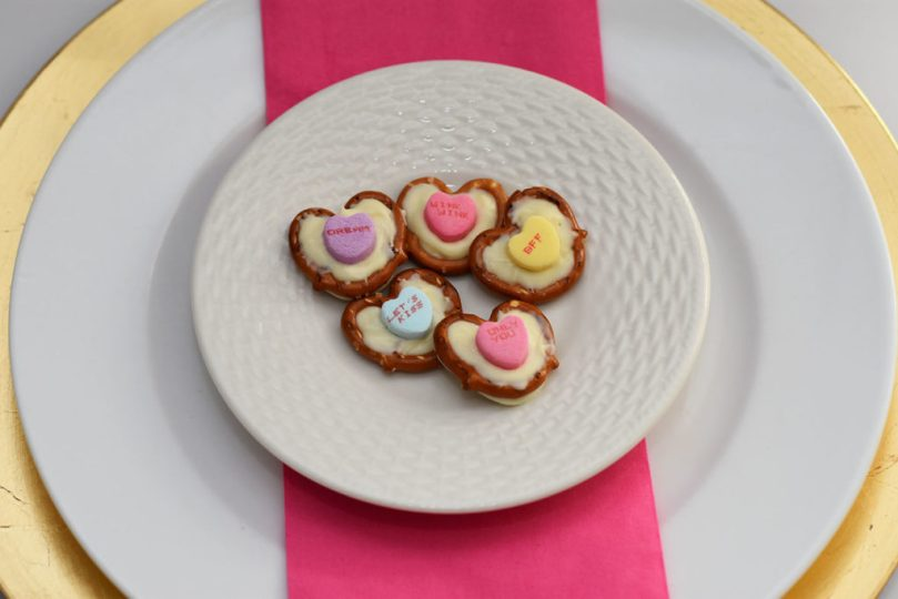 Recipe for Heart Chocolate Pretzels by Happy Family Blog