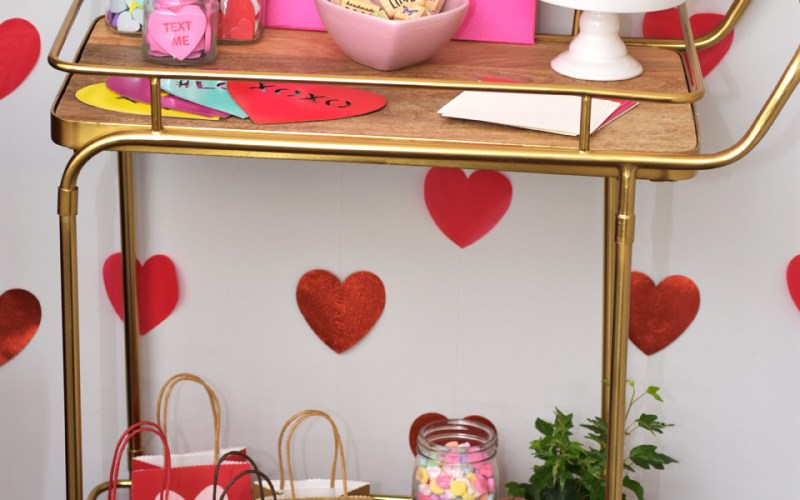 How to Host a Valentine Card Making Party