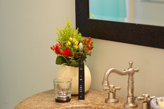oral health, smartest toothbrush, smart toothbrush, new toothbrush, high tech toothbrush, high tech gifts.