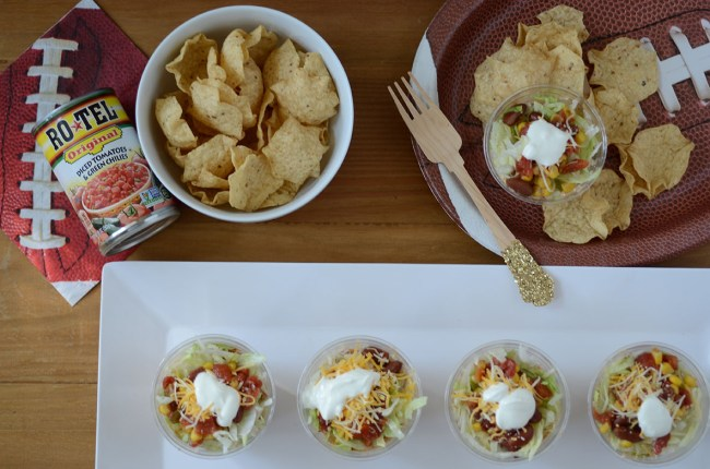 chicken taco cups, taco cups recipe with tortillas, chicken taco cups tasty, taco cups crescent rolls, chicken taco cups goodful, mini taco cups wonton, baked wonton tacos, muffin tin taco shells, mini taco bites recipe, chicken taco dip, chicken taco dip slow cooker, chicken taco dip cream cheese, layered chicken taco dip, chicken nacho dip recipe, cold chicken taco dip, chicken mexican dip, warm chicken cheese dip, shredded chicken dip appetizer