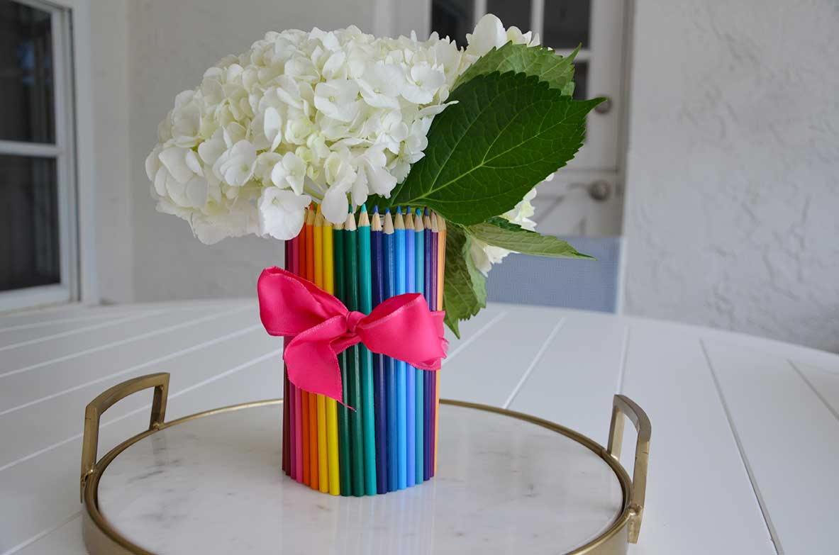 Teacher Gift Ideas: DIY Pencil Vase
