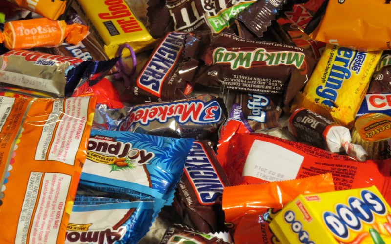 Donate Candy Where to Donate Candy, donate halloween candy, candy donations, donate candy to troops, where to donate halloween candy, donate leftover halloween candy