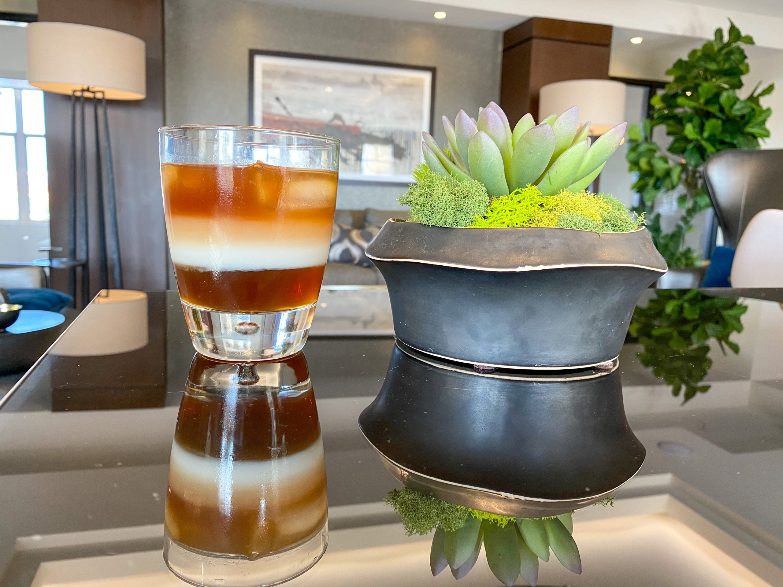 Ombre Vanilla Iced Coffee, gourmet coffee at home