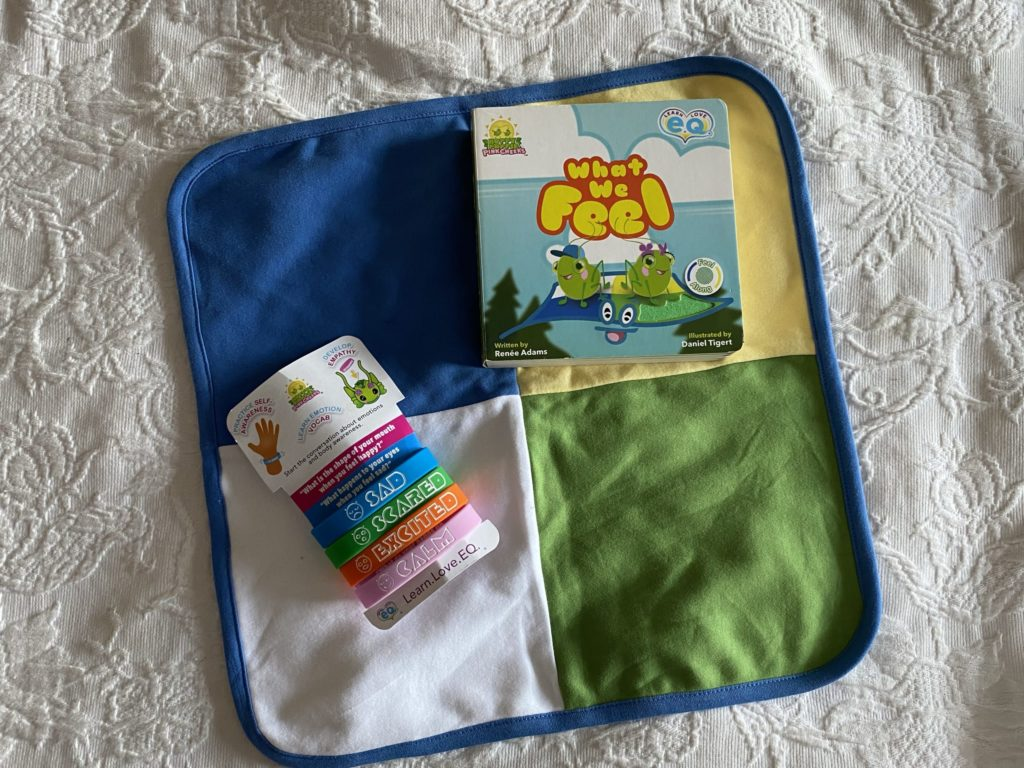 Gifts to take to the hospital for a new baby Books