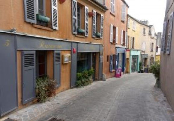 Marly le Roi rue centrale