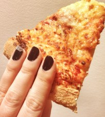 Pizza & Nail (ouais j'suis girly !)