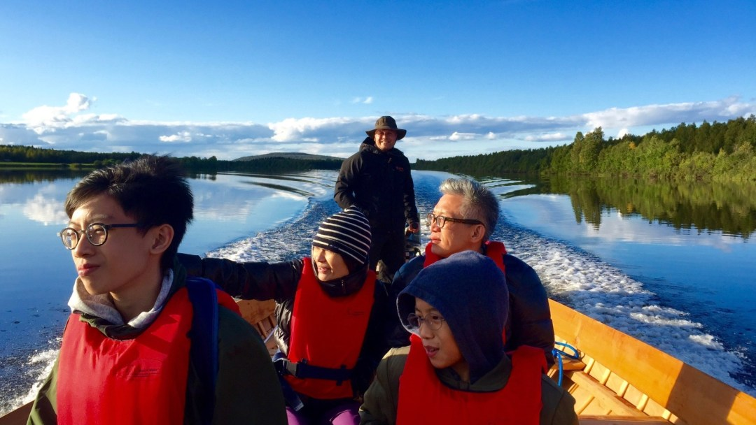 Happy-Fox-Arctic-Summer-Family-Day-river-boat