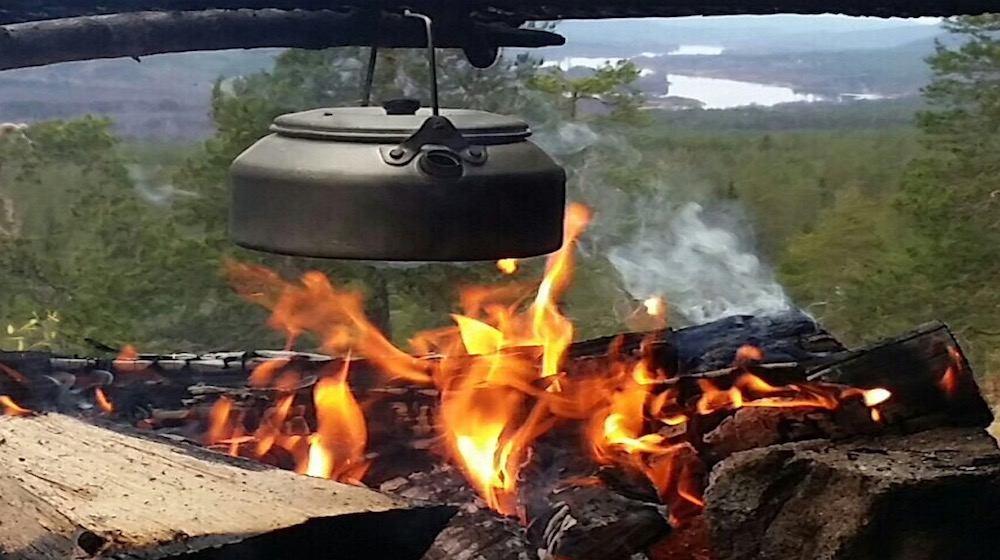 Happy-Fox-Finnish-Picnic-hot-pan-Ounasjoki