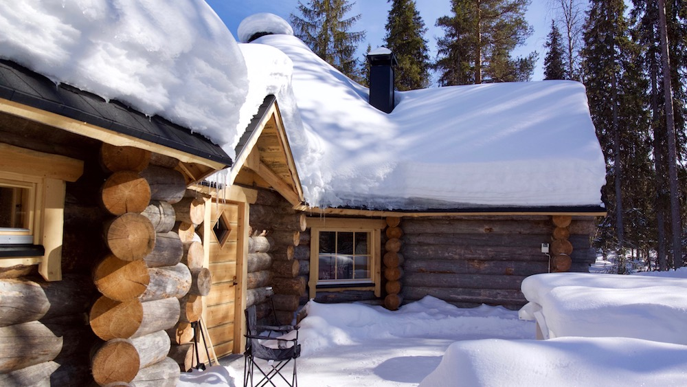 Happy-Fox-Log-Sauna-And-Snack-Winter-snowy-fox-cottage-p