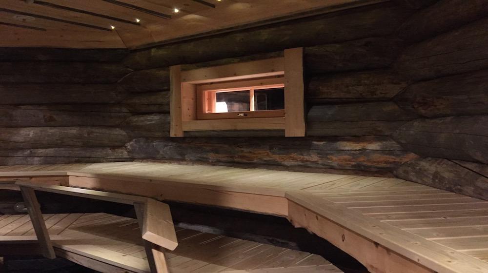 Happy-Fox-log-sauna-and-snack-sauna2