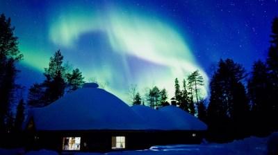 Happy-Fox-Aurora-Adventure-by-open-fire-fox-cottage