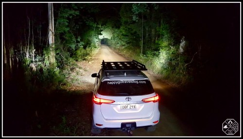 Toyota Fortuner Lighting up a dirt forest road with Stedi led light bars