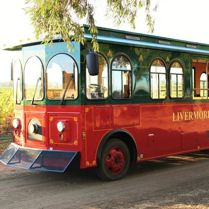 wente-tour-wine-trolly-sm-ver