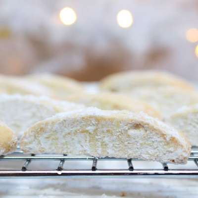 Anise Cookies: A Family Favorite