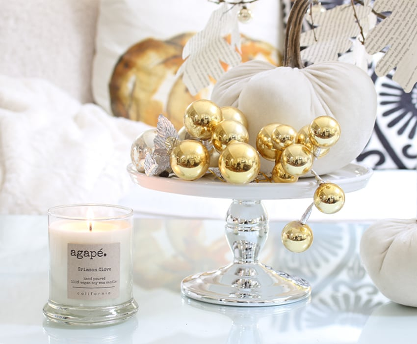 styling-a-coffee-table-ornaments-sm-ver