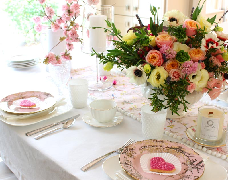 pink vintage valentine's day table decor