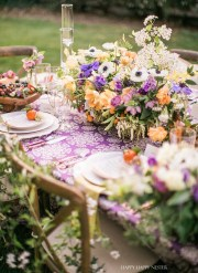 Spring Table Setting: Beautiful Flower Centerpieces