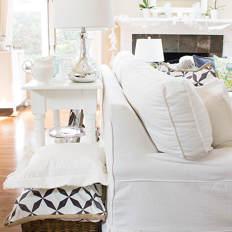 Decorating with eBay is a convenient way to shop for your home decor. I have bought quite a few items from eBay, and I've been super happy with their service and the items. If you are on a budget and want name brands, you must check out their inventory.
