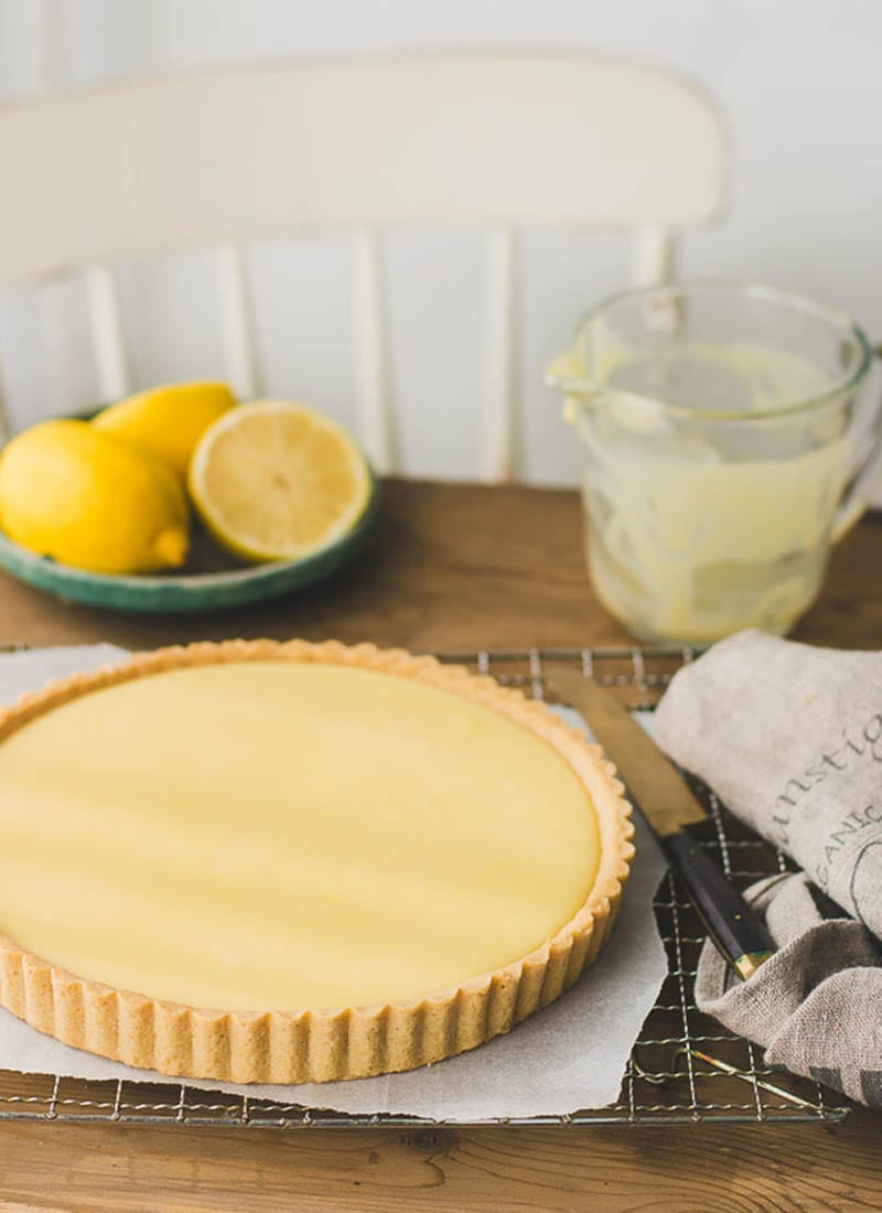 Lemon tart on wood table