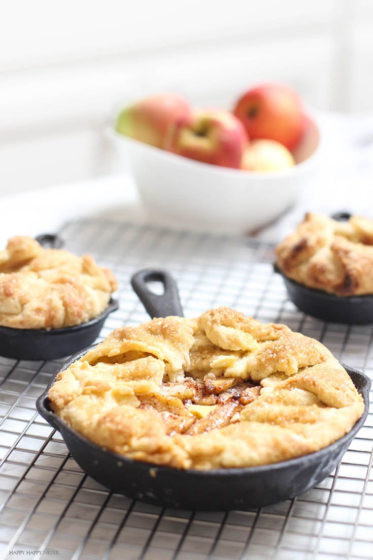 Mini Apple Tarts is the easiest dessert and seriously the best tart. #tart #desserts #apple #applesdesserts #baking #appletarts