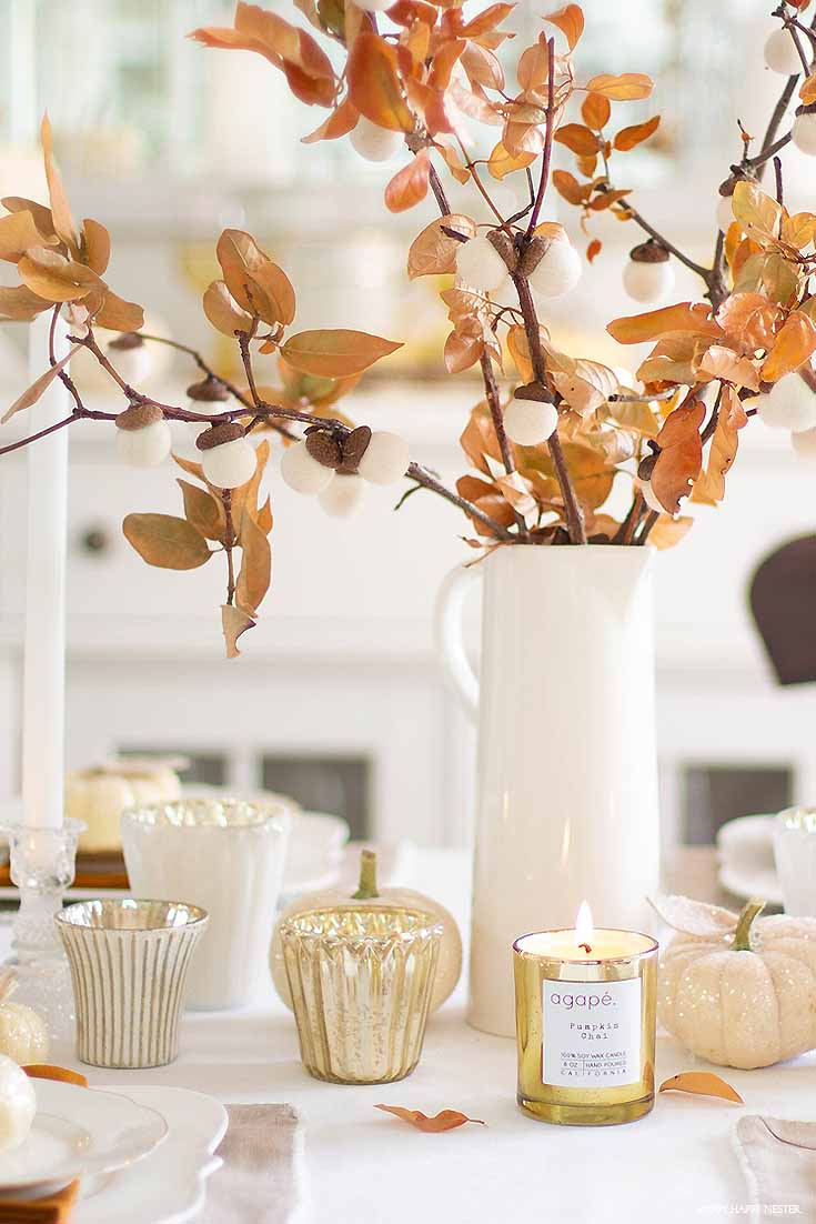 How to Make a Felt Acorn Branch on Thanksgiving Table
